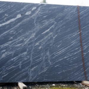 Granit BLACK FOREST skóra